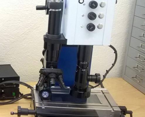 Microscope Marcel Aubert laser micro-cutting control